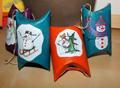 Estrellitas navideñas recicladas y cajitas de regalos